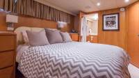 Trilogy Yacht - Guest Bedroom