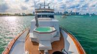 Trilogy Yacht - Aerial View Jacuzzi